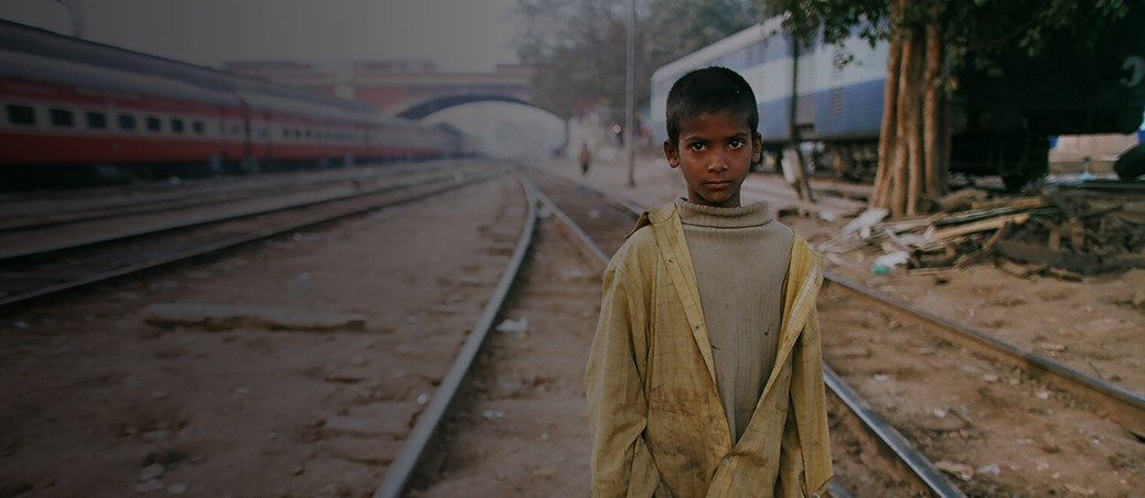 Every 5 minutes a child arrives alone on a platform in India.